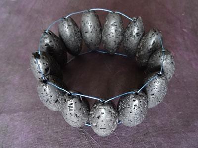 Zwarte-Lava-armband